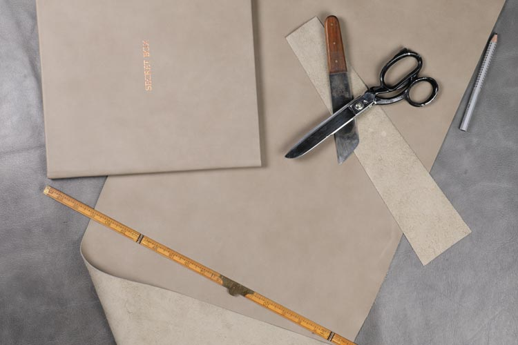 </p> <h4>high quality materials such as genuine leather